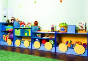Паровоз с игрушками